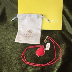 Kendra Scott BETRIX necklace NWT